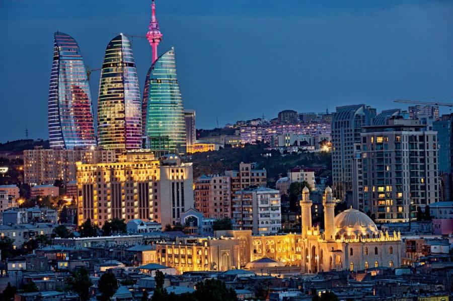 Озарбайжон парламент аъзоси Европа сиёсатчиларининг анти-Ислом қарашларини танқид қилди