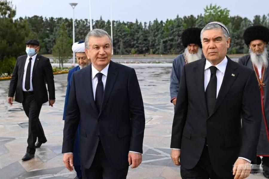 Президентимиз Туркманистондаги ифтор дастурхонида иштирок этди