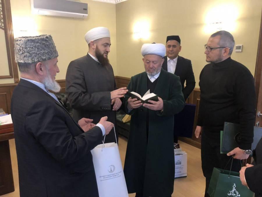 Муфтий ҳазрат Татаристон мусулмонлари диний бошқармасига ташриф буюрди