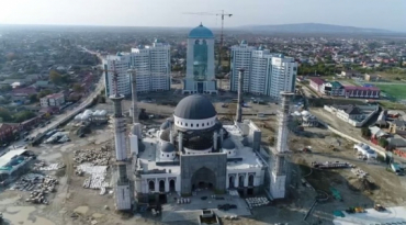 The mosque designed by Uzbek architects is being built in Chechen Republic